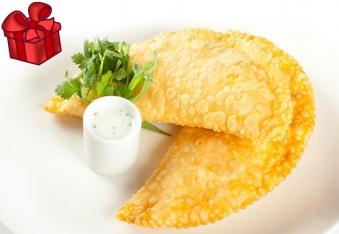 Чебуреки мікс (баранина+сир)
