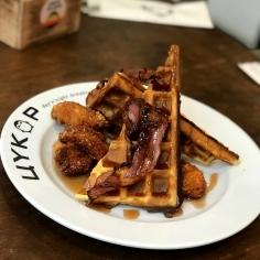 Chicken_Maple_Waffles