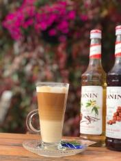 kawa na miejscu i na wynos