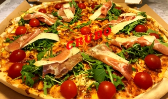 Crudo 40 Pizza