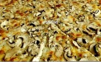 FUNGHI 30 Pizza