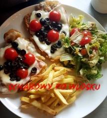schabowy szynka zser mozzarella czarne oliwki pomidorki cherry mix sałat frytki bez oleju z pieca