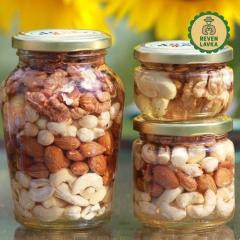 Мед та горіхи