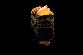 Гункан з мідіями