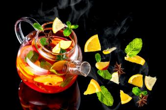 Чай зі свіжими фруктами 0.96 л