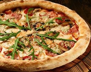 Піца м'ясна з сиром Дор блю 50 см