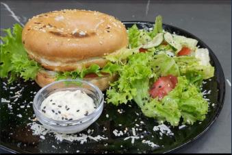 Сендвіч з полядвицею