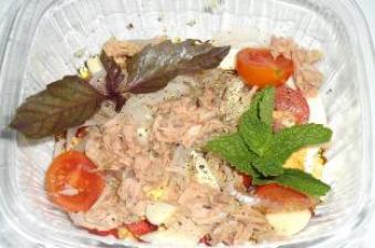 Insalata con tonno (З тунцем)