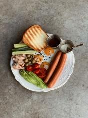 Велииииикий сніданок