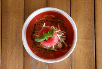 Гаспачо з овочами і м'ясом креветки (210/40/160)
