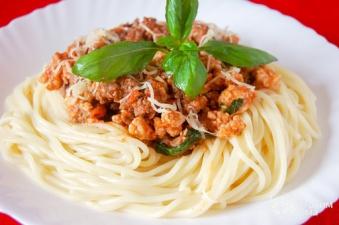 Спагетти (болоньезе)