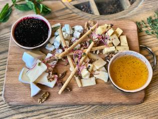 Дошка європейських сирів