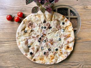 піца Формаджі з тунцем