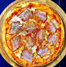 Піца з Беконом