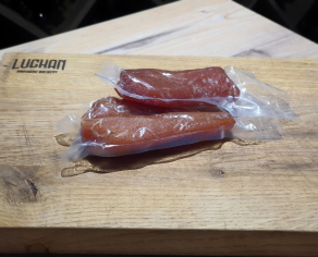 Ковбаса мацикова в асортименті