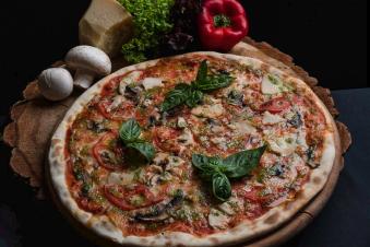 Піца Поло Песто