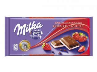 Milka strawberry creme 100г