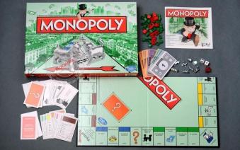 Hasbro: Монополия (прямоугольная, обновленная (с кошечкой). 5010994747336