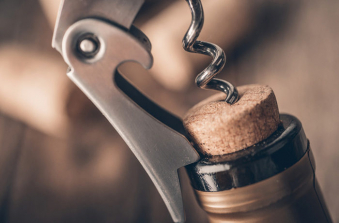 The Open Cork /Своя бутылка безалкогольного  вина/Avatud kork